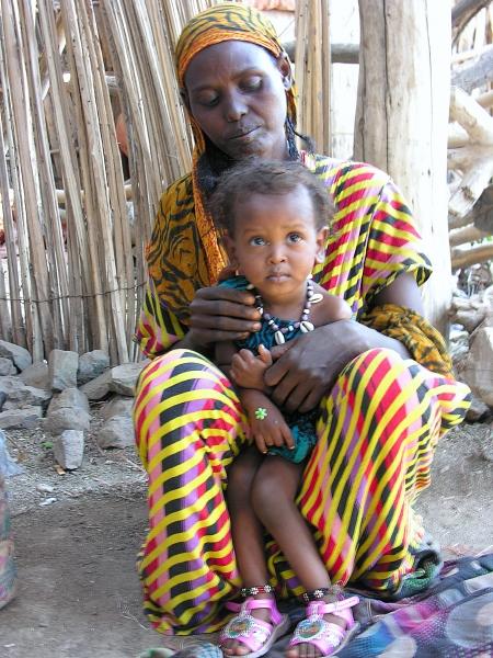 Afar moeder en kind